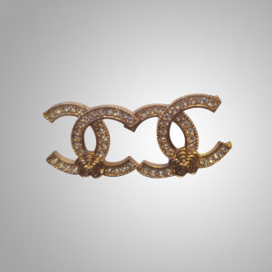 chanel-gold-earings-with-studded-diamonds